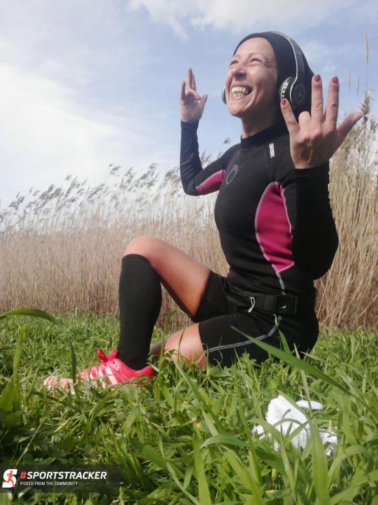 Sports Tracker meditating